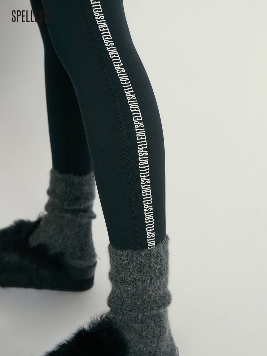 Warm lettering tights