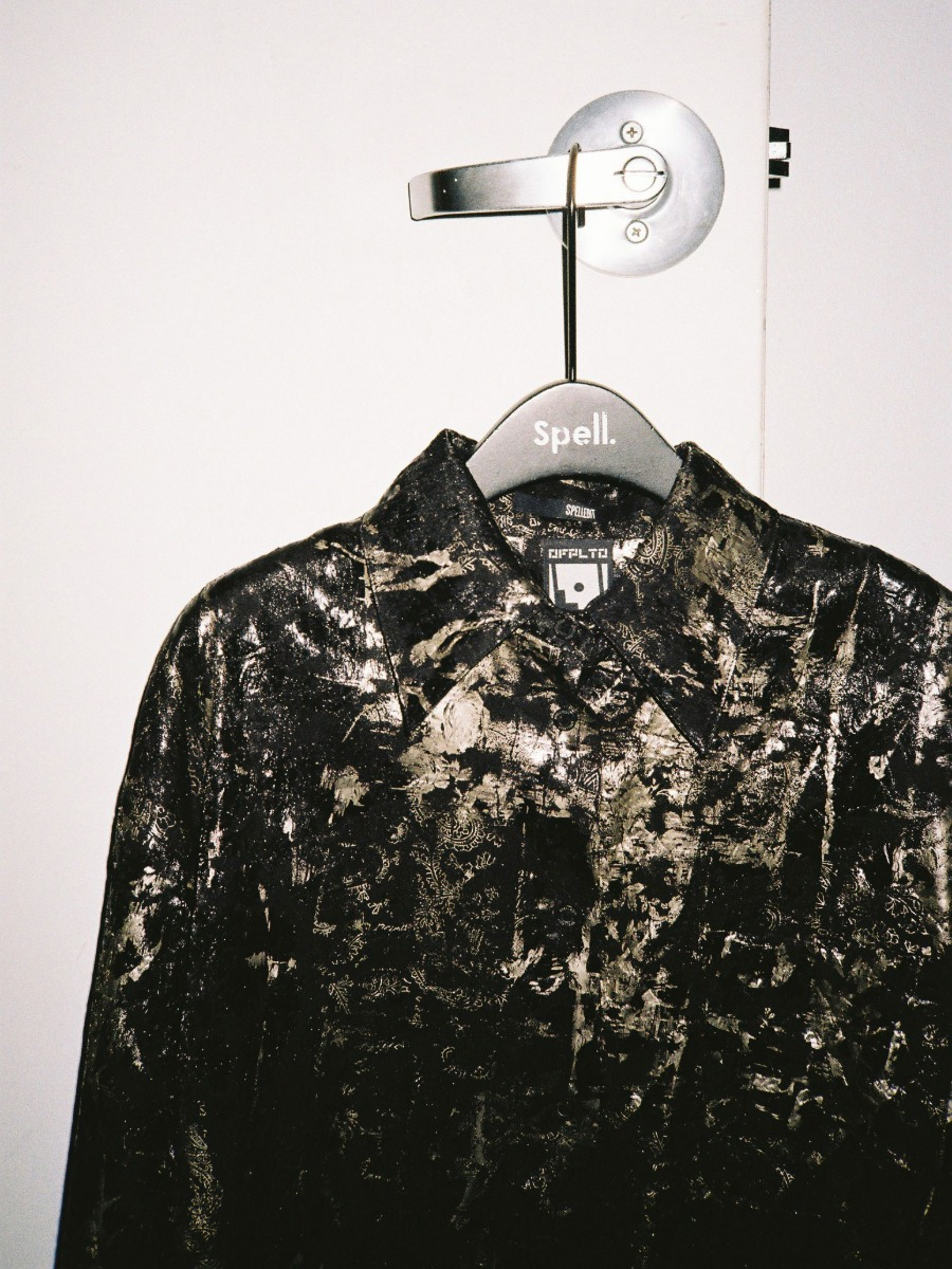 GOLD PAINTING SHIRT